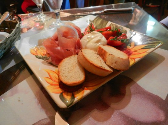 Caruso's Tuscan Cuisine: Caprese Salad