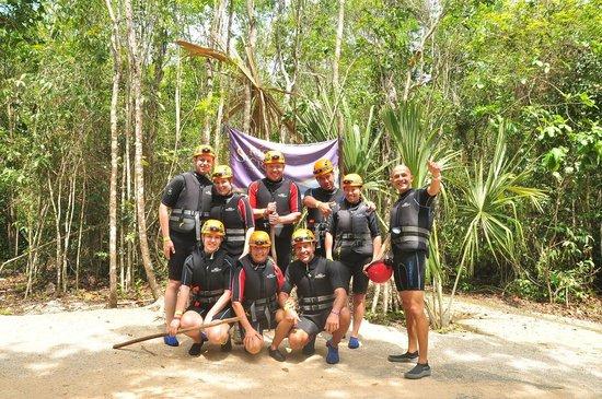 Rio Secreto : Our group and guide, Pablo