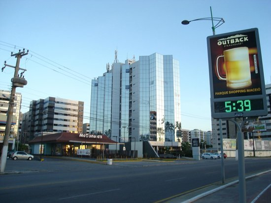 Hotel Brisa Tower 5h39 AM.