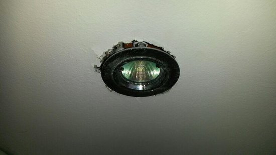 Hotel Sand: Halogenlampe 2