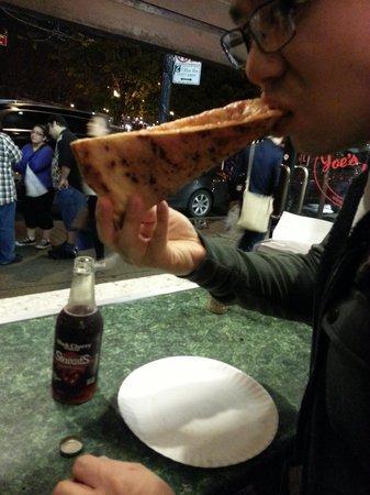 Joe's Pizza - Carmine St : i folded