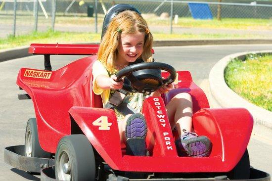 Gateway Park Fun Center : Kiddie Karts are so much fun!