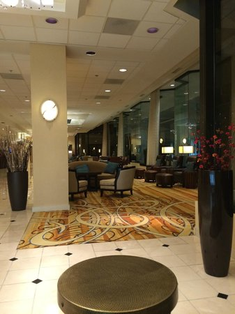Nashville Airport Marriott: lobby