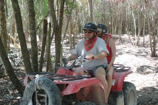Mexxtremo Adventures: A ride through the Myan jungle!