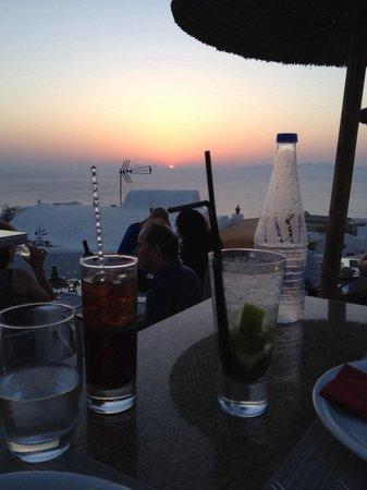 Ochre Restaurant: Sun is going down