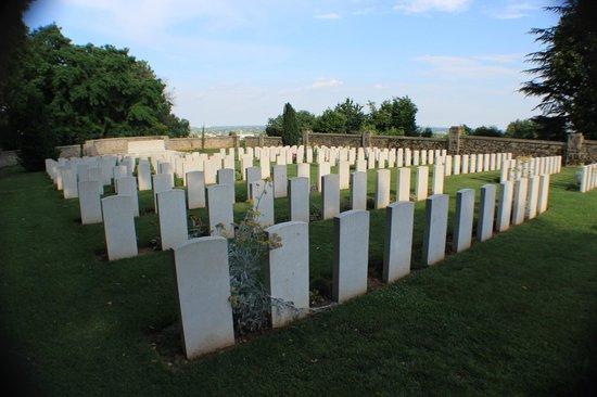 Cimitero inglese di Giavera del Montello