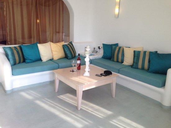 Absolute Bliss Imerovigli Suites: Honeymoon Suite