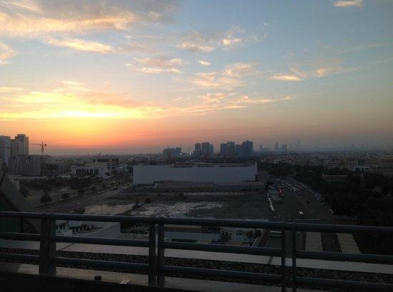 Hilton Capital Grand Abu Dhabi : View from the balcony at dusk