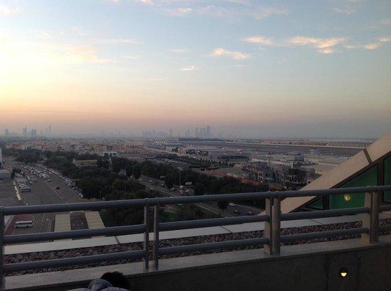 Hilton Capital Grand Abu Dhabi : Skyline of downtown Abu Dhabi