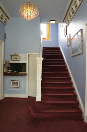 Dorstan Guest House: scale