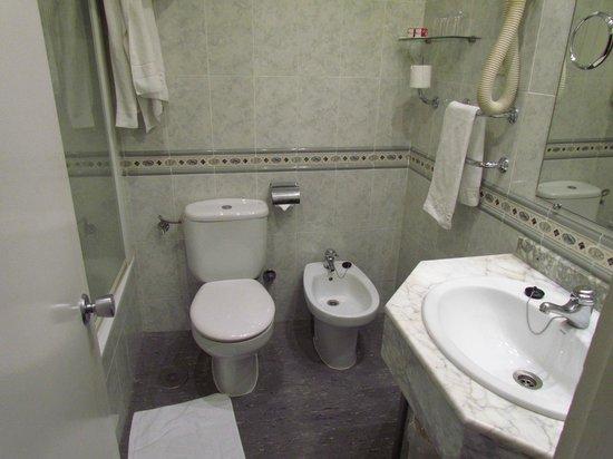 Hotel Puerta de Toledo: Bagno