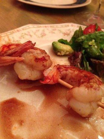 Adentro Dinner Club: Langostinos asados en reducción balsámico