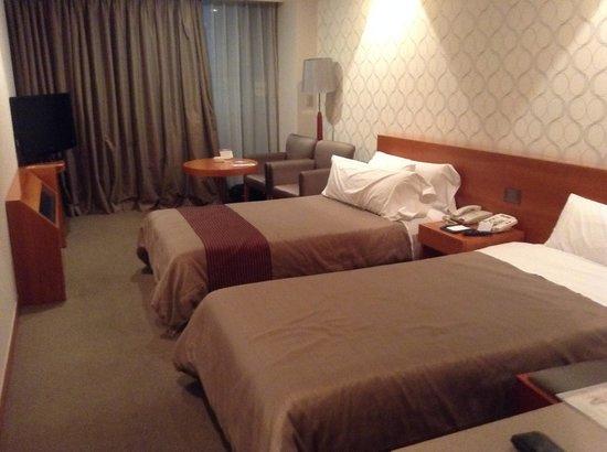 Hotel PJ: 広い室内