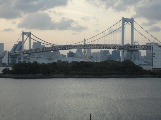 Hilton Tokyo Odaiba: Rainbow Bridge