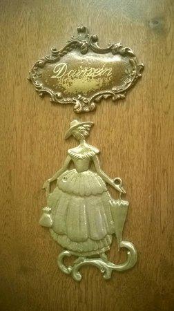 Konditorei Zauner: The Royal Family's Favorite Bakery
