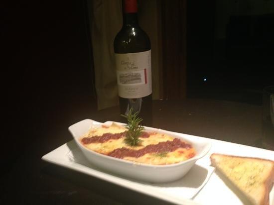 Hotel Rosario Lago Titicaca: Room service: lasagna