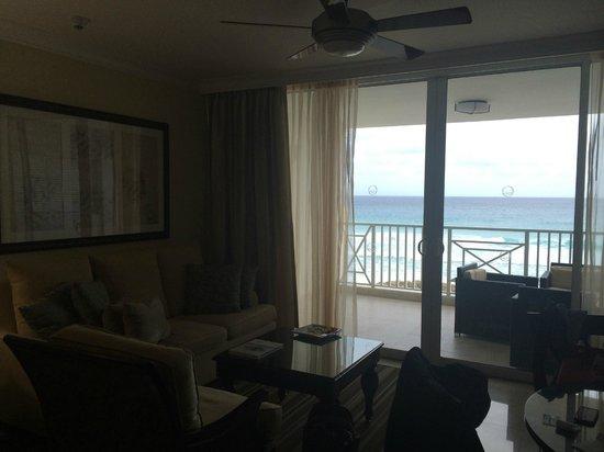 Ocean Two Resort & Residences: suite view