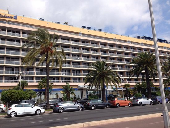 Radisson Blu Hotel, Nice: This is the hotel from the side of the sea.