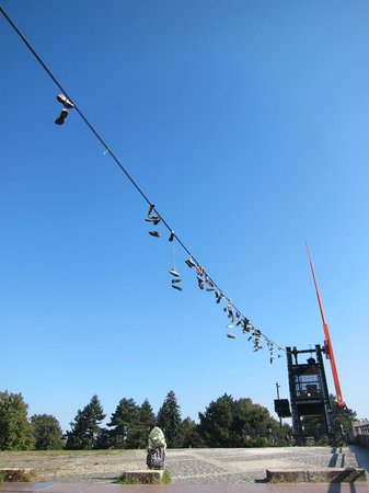 Metronome : line of shoes