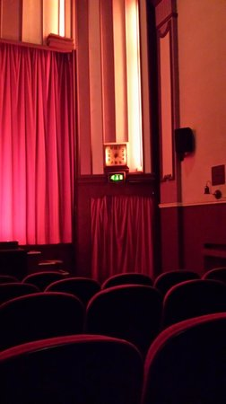 Hyde Park Picture House: the auditorium