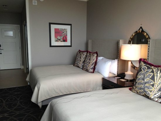 Omni Nashville Hotel: room