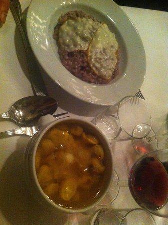 Trattoria La Montanara : Tortellini in brodo e risotto radicchio e scamorza