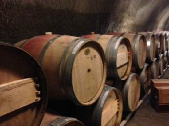 Reverie Winery: Reverie Cave