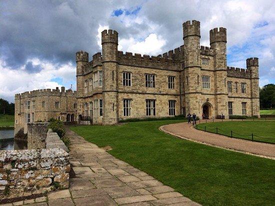 Leeds Castle Stable Courtyard Bed & Breakfast: Leeds castle