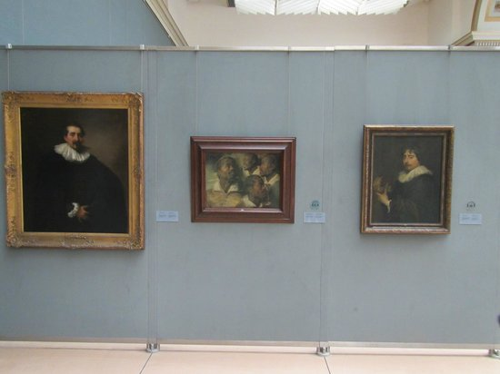 Royal Museums of Fine Arts of Belgium (Musees Royaux des Beaux Arts): Interesting Rubens pictures with classic Flemish portraits and a study of head of a moor