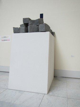 Royal Museums of Fine Arts of Belgium (Musees Royaux des Beaux Arts): Amusing modern art,  blocks on convas