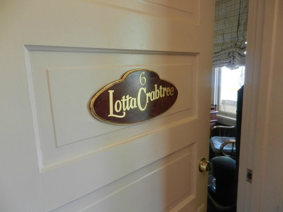 The Groveland Hotel : Lotta Crabtree Room (Number 6)