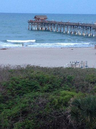La Quinta Inn & Suites Cocoa Beach Oceanfront: view of Cocoa Beach Pier