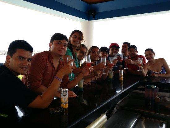 Now Jade Riviera Cancun: El mejor día en now jade Riviera Maya con Darius en The mix bar