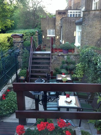 The Montague on The Gardens: More Outside Area