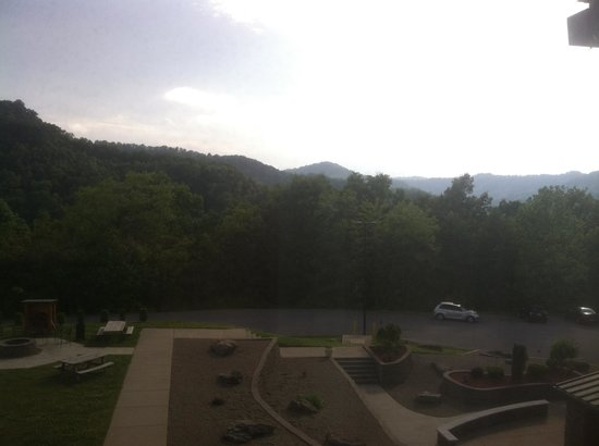 Chief Logan Lodge & Conference Center: View from the mountainside rooms