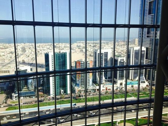 Jumeirah Emirates Towers : View towards ocean from Lift Lobby 21st Floor