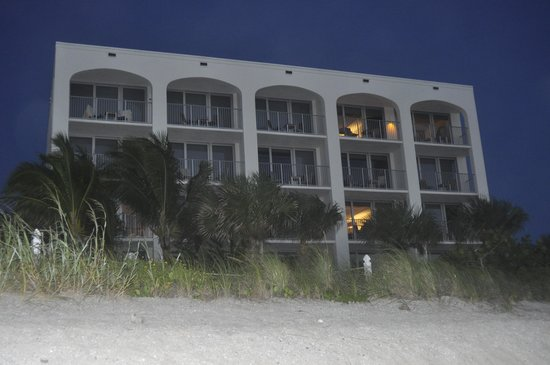 Costa d'Este Beach Resort & Spa: View of hotel from beach