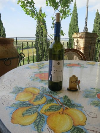 Agriturismo Gigliotto: Our spot for the afternoon... made the entire stay worth it