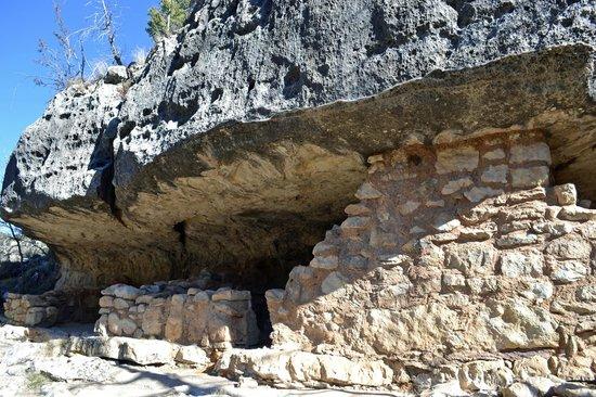 Walnut Canyon National Monument : Ruins