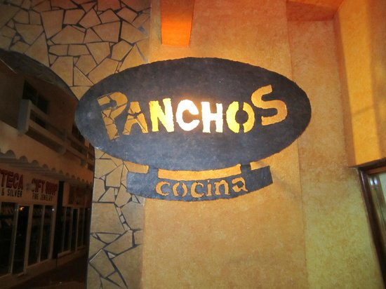 Pancho's: Sign