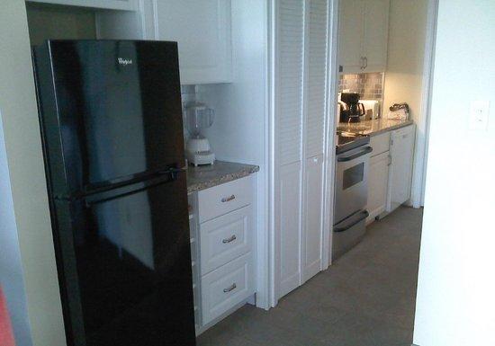 Ocean Dunes Resort & Villas: New and larger kitchen