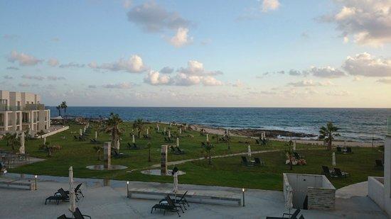 Amphora Hotel & Suites: widok na morze