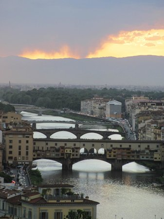 Piazzale Michelangelo: View from Piazza