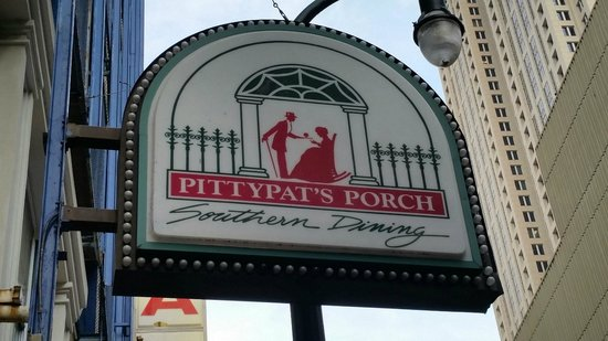 Pittypat's Porch : Sign in front!