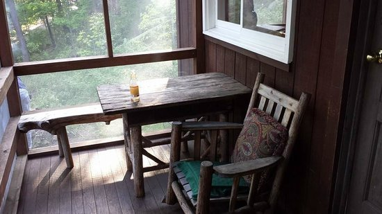 Camp Driftwood: Porch