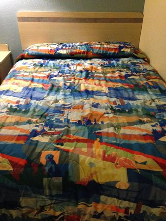 Motel 6 Holbrook: The lovely quilt!