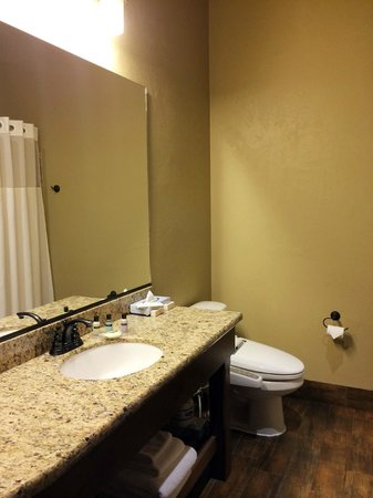 Cable Mountain Lodge : Bathroom