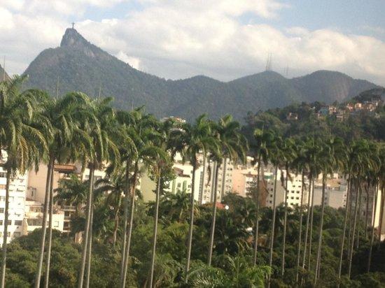 Hotel Novo Mundo: vista da janela do quarto olhando à direita