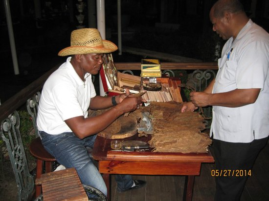 Paradisus Punta Cana Resort: Handmade cigars