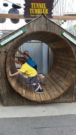Miner's Maze Adventureland: Tunnel tumbler